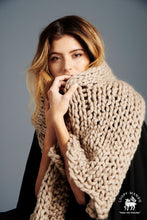 Load image into Gallery viewer, DIY Box Kit - Winter Scarf - Merino No. 5