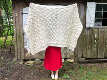 Load image into Gallery viewer, DIY Kit - My First Cable Blanket - Merino No. 5
