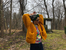 Load image into Gallery viewer, DIY Kit - Everyday Cardigan - Merino No. 5