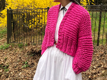 Load image into Gallery viewer, Cropped Fisherman Cardigan PATTERN- Big Cotton