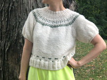 Load image into Gallery viewer, DIY Kit - Scandinavian Top - Dream (Merino Worsted)