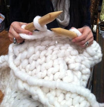Load image into Gallery viewer, Giant knitting needles