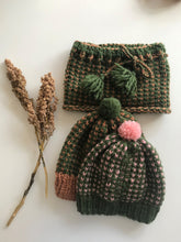 Load image into Gallery viewer, DIY Kit - Happy Hat - Dream (Merino Worsted)