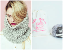 Load image into Gallery viewer, DIY Kit - Her Cowl - Merino No. 5