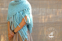 Load image into Gallery viewer, READYMADE Her Fringe Shawl - Merino-SALE