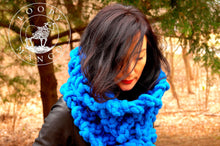 Load image into Gallery viewer, FREE Liberty Fair Cowl - PATTERN - Big Loop