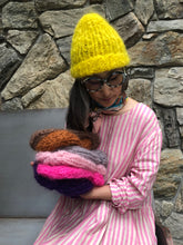 Load image into Gallery viewer, DIY Kit - Beanie - Mohair So Soft