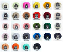 Load image into Gallery viewer, Mini Pompom Beanie 5-8 years - Merino