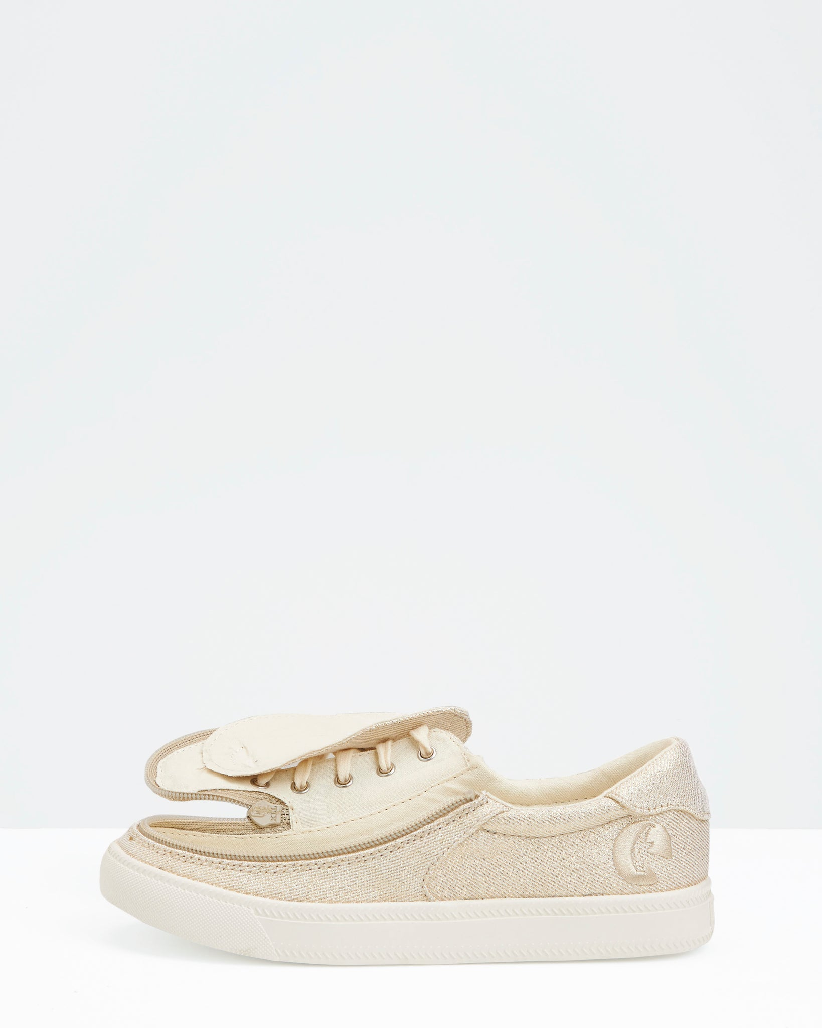 Classic Low-Rise Canvas Sneaker (Little Kid/Big Kid) - Gold Natural