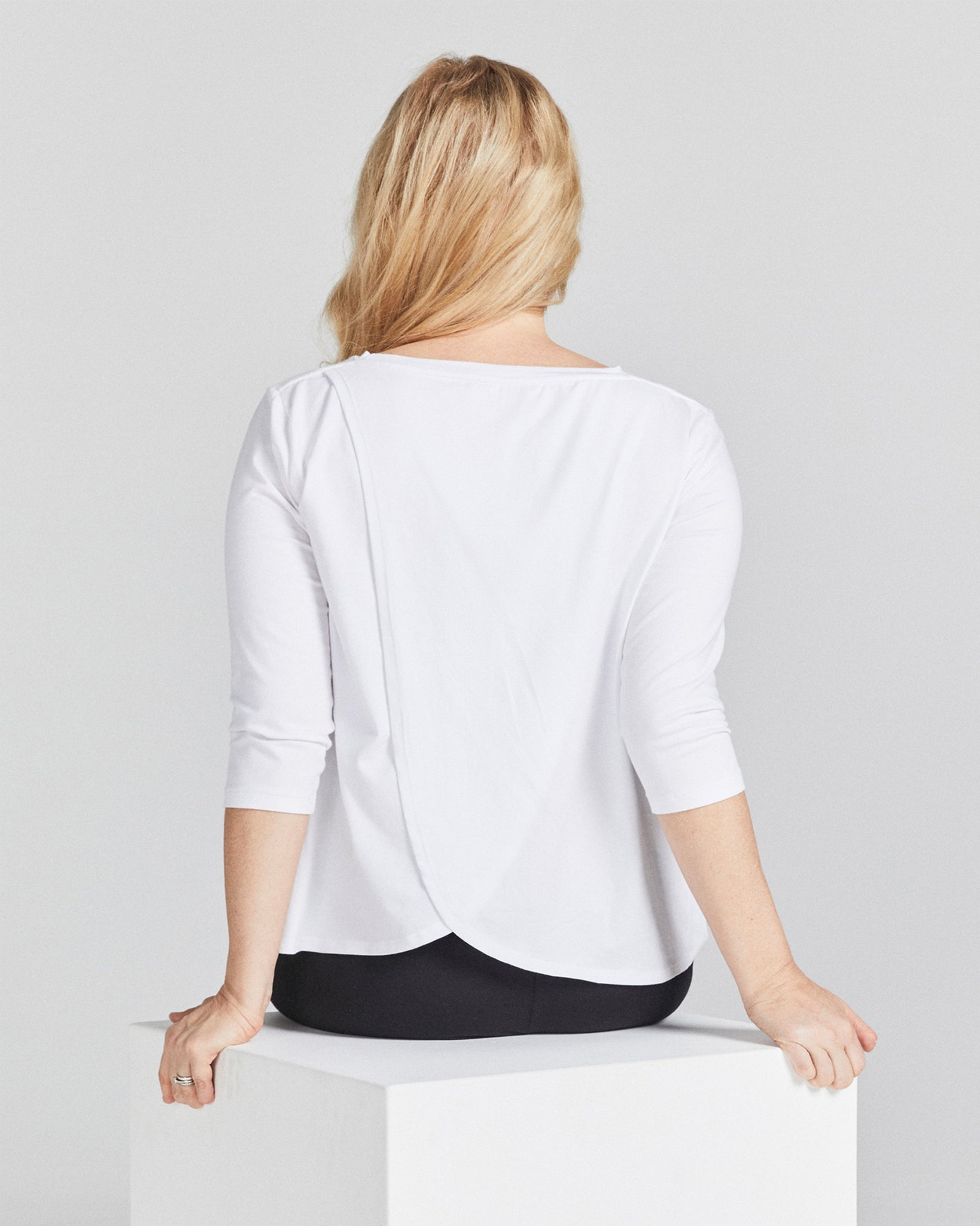 3/4 Sleeve Leaf Back T-Shirt