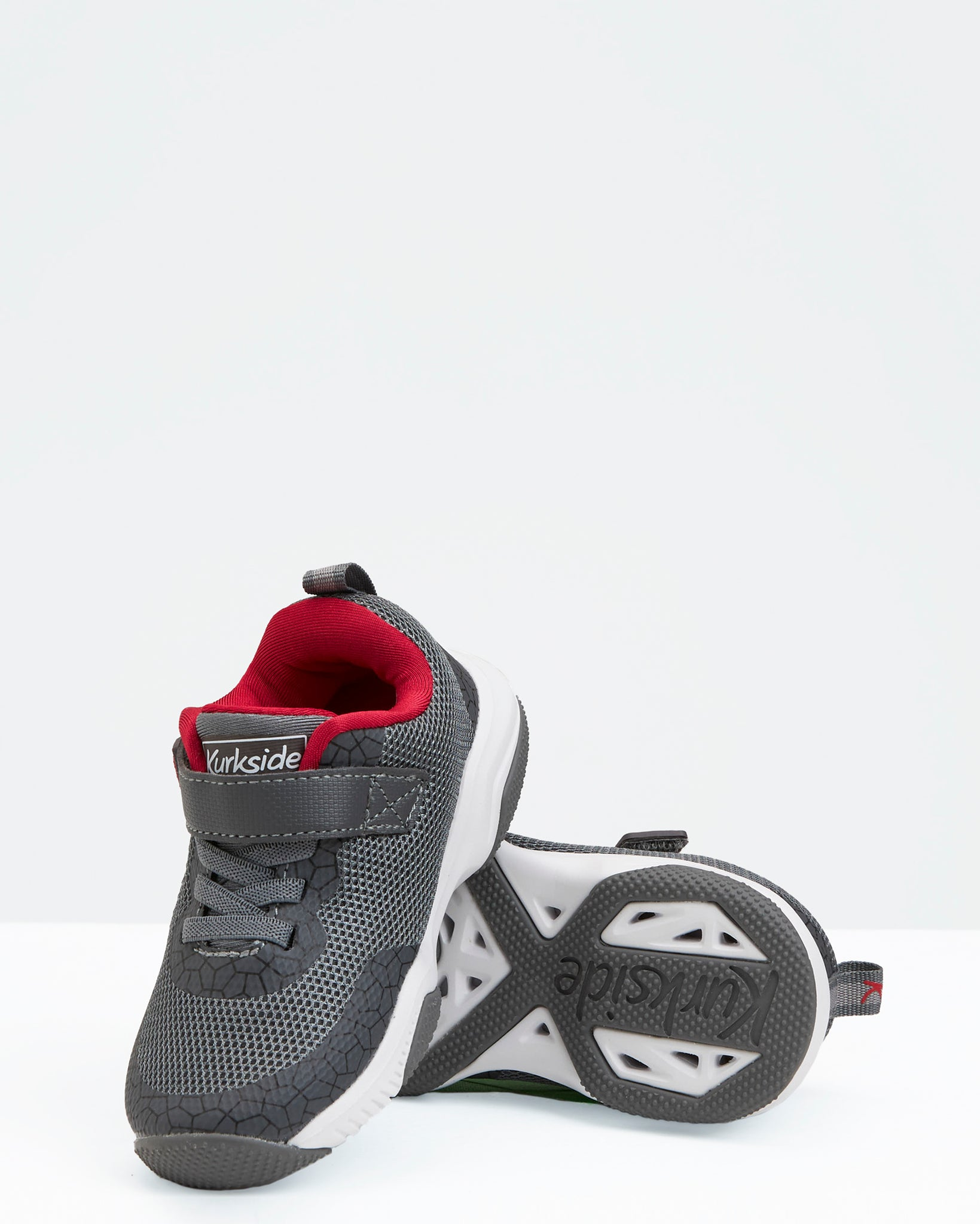 Amphibian II Sneaker - Charcoal/ Red