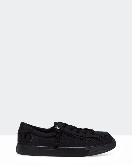 Classic Low-Rise Canvas Sneaker (Little Kid/Big Kid) - Black to the Floor