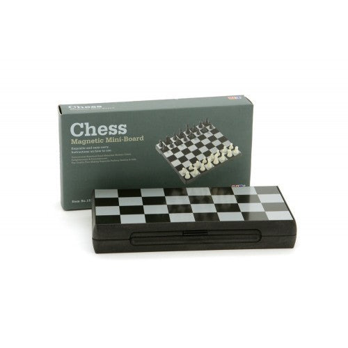 Magnetic Chess Set 7""