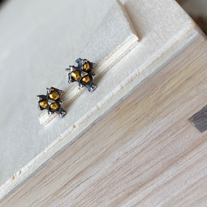 Pinecone Tiny Heart Studs with 24K Gold