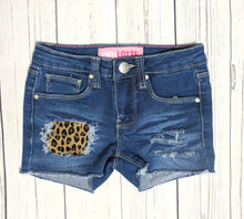 Load image into Gallery viewer, Leopard Print Shorts