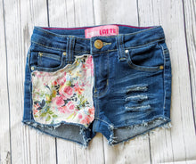 Load image into Gallery viewer, Summer Floral Shorts