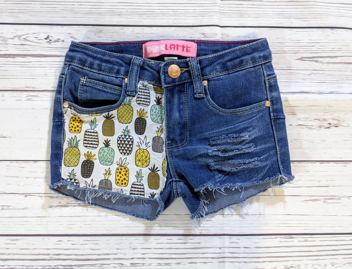 Pineapple Caribbean Shorts