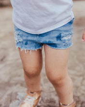 Load image into Gallery viewer, Girls Distressed Shorts