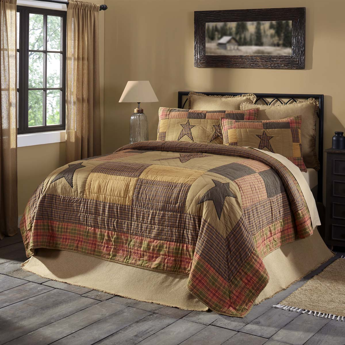 Stratton Luxury King Quilt 120Wx105L - Woodrol