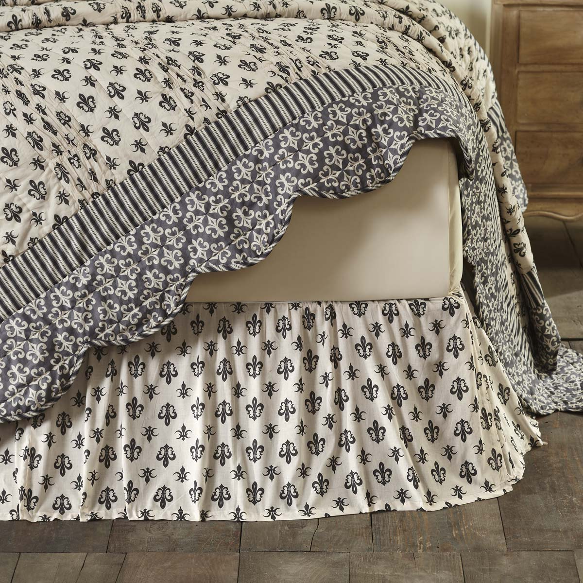 Elysee Twin Bed Skirt 39x76x16 - Woodrol