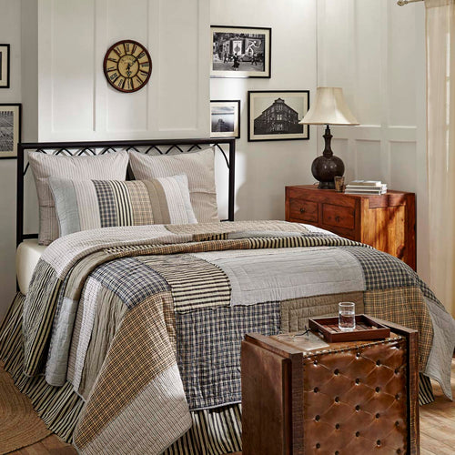 Ashmont Luxury King Quilt 120Wx105L - Woodrol