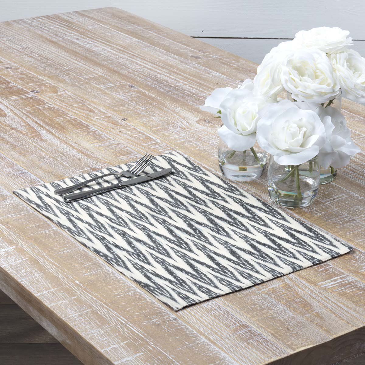 Alexis Placemat Set of 6 12x18 - Woodrol