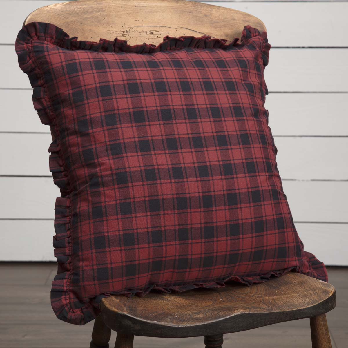 Cumberland Plaid Pillow 18x18 - Woodrol