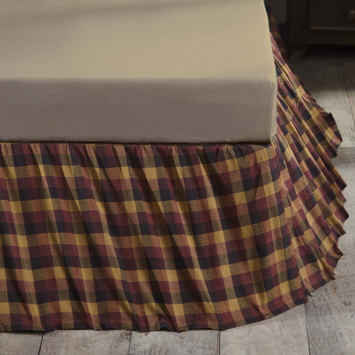 Heritage Farms Primitive Check Queen Bed Skirt 60x80x16 - Woodrol