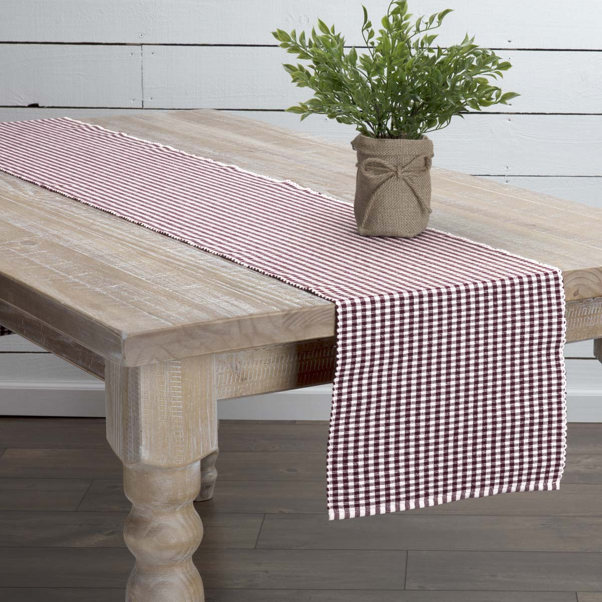 Tara Burgundy Ribbed Runner 13x90