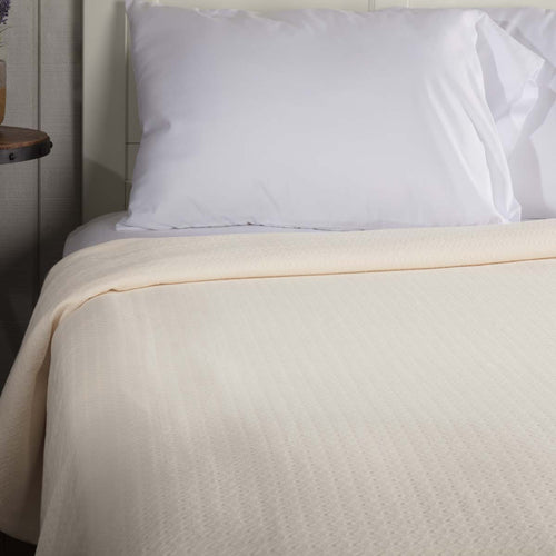 Serenity Creme King Cotton Woven Blanket 90x108 - Woodrol