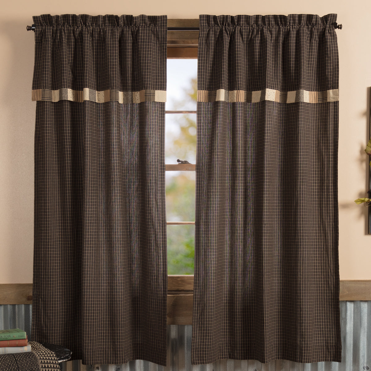 Kettle Grove Short Panel with Attached Valance Block Border Set of 2 63x36 - Woodrol