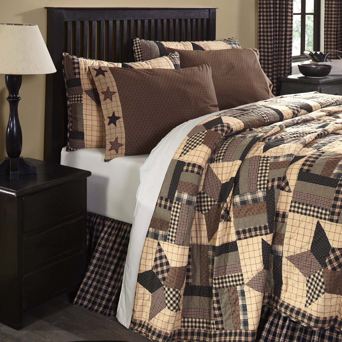 Bingham Star Luxury King Quilt 120Wx105L - Woodrol