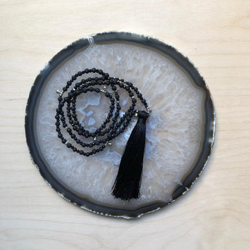 Mala necklace - Black & silver