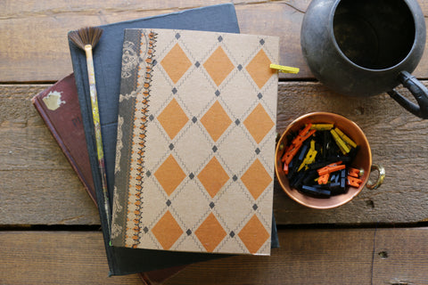 simple halloween travelers journal