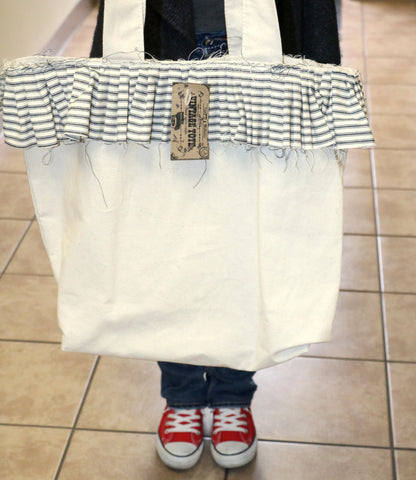 7gypsies Vintage Tote with Ruffle