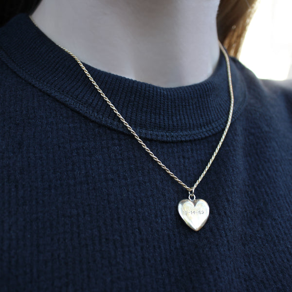 14k Gold Vintage Engraved Puffy Heart Pendant