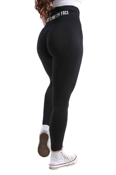 Perfect Peach Seamless Scrunch Gym Leggings | Obsidian Black