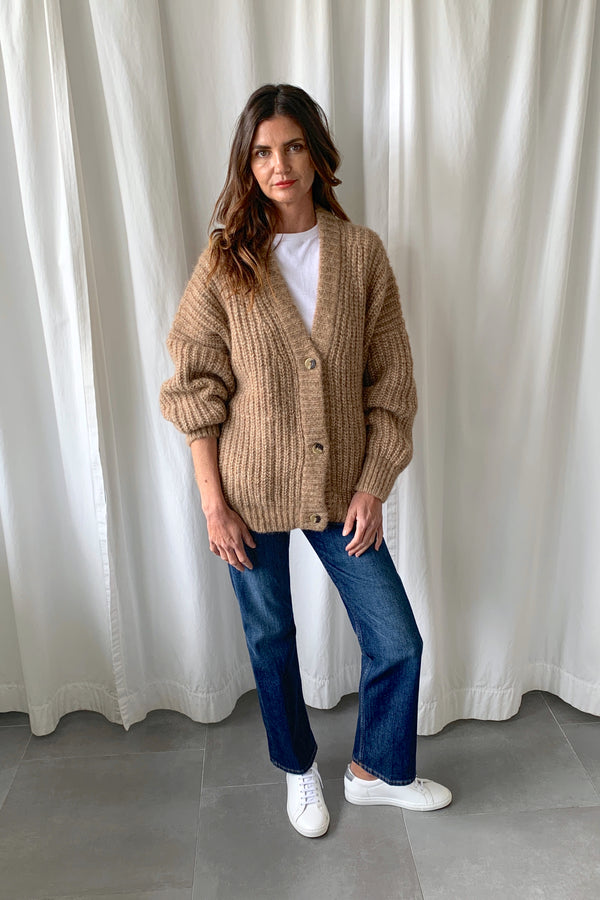 Grandma Cardigan Natural Camel