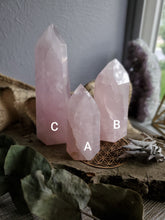 Load image into Gallery viewer, Natural Rose Quartz Towers
