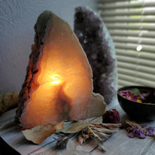 Load image into Gallery viewer, Natural Polished + Raw Agate Crystal Lamp