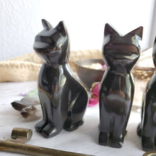 Load image into Gallery viewer, Black Onyx Crystal Gemstone Carved Cats
