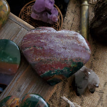 Load image into Gallery viewer, AAA Bloodstone Palmstone Hearts