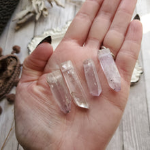 Load image into Gallery viewer, Simple Natural Pink Kunzite Necklace