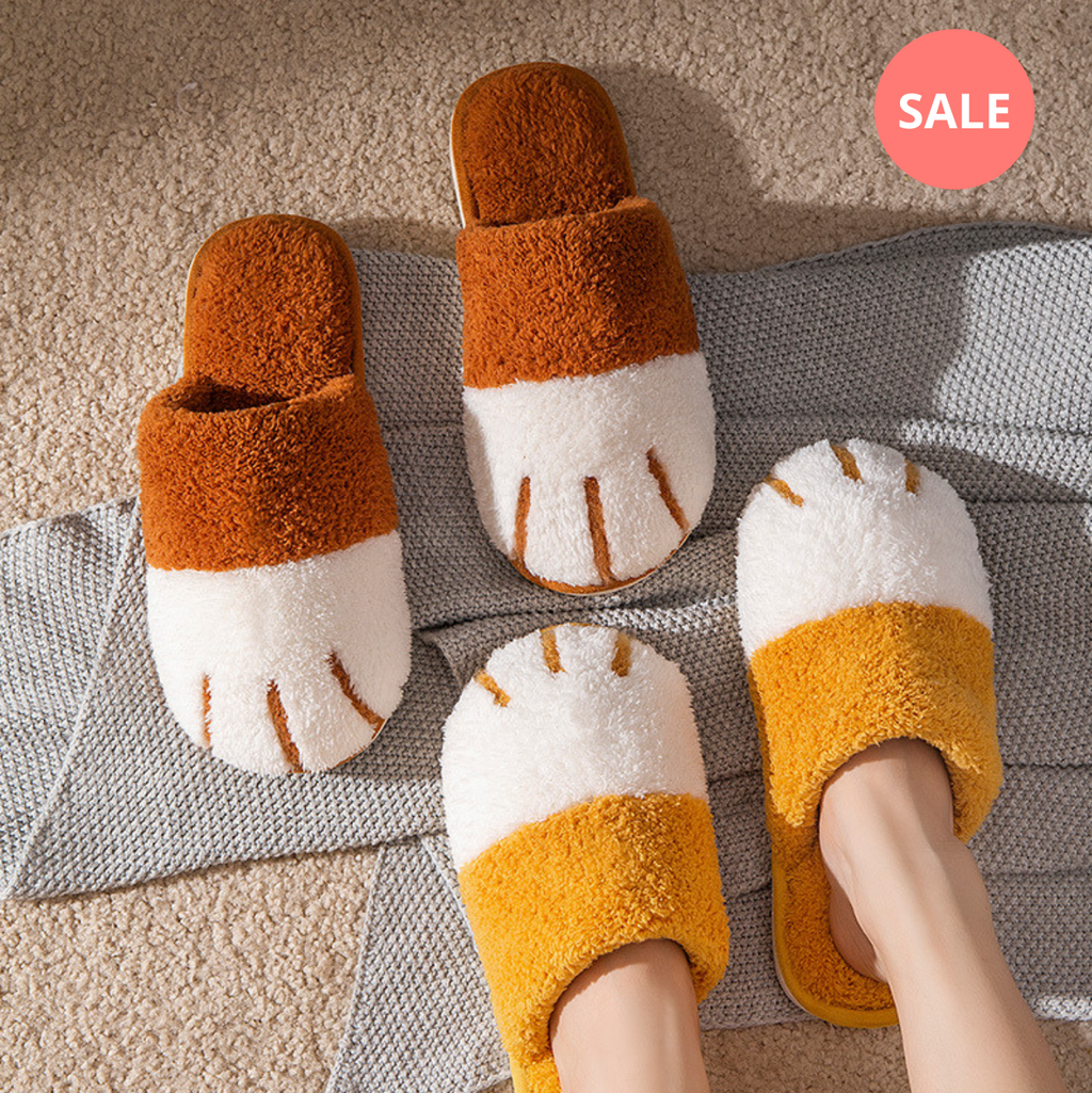 Fluffy Cat Paw Slippers - Petites Paws