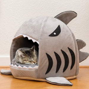 Hungry Shark Pet Bed - Petites Paws