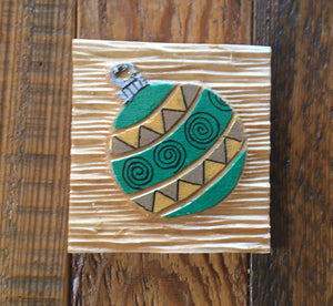 "Green Ornament 3""x3"""