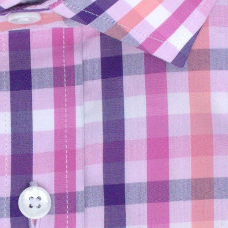 Zoomed in Photo of the Multicolor Gingham Casual Shirt in Navy Blue / Pink / Peach