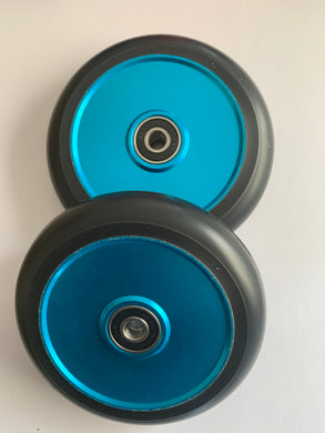 110mm Hollow Core Black on Blue
