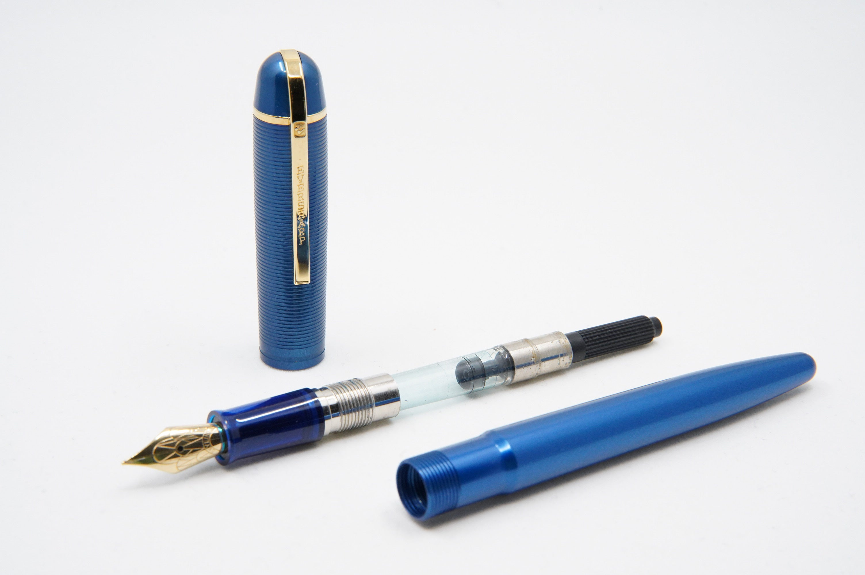 Wahl Eversharp Skyline FP Aluminium blue  - The iconic SKYLINE created by Henry Dreyfus in 1939