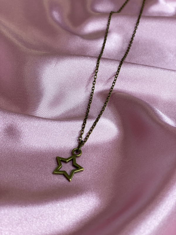 Scooples Bronze Star Necklace